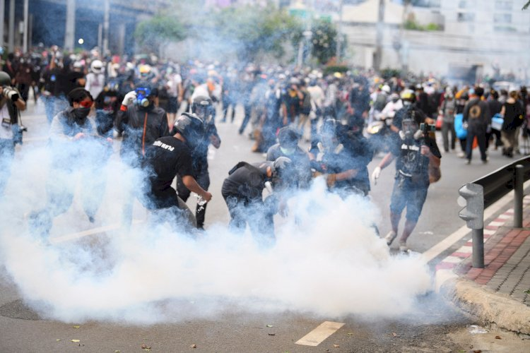 Protesters, Police Clash in Thailand Vaccine Protests